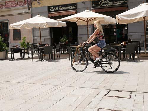 bici elettrica a pedalata assistita momo design florence